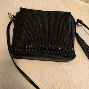Handbags - Kelly Wynne Side Kick Crossbody or Tote purse